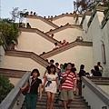 樓梯也太高了吧
