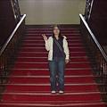 看到這個樓梯.我會想到真善美電影
