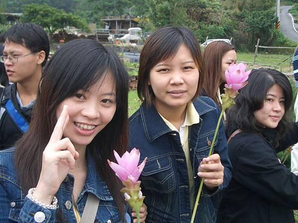看到花就忍不住要照相