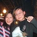 千惠跟芳婷.很久沒見面了