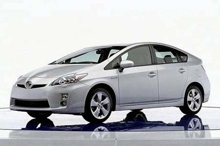 2011-Toyota-Prius-Review-Price.jpg
