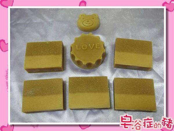 甜杏佳人七白散分層皂1.jpg