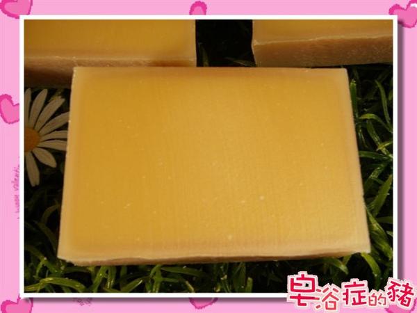 卡斯提爾乳霜皂是相當優的皂款唷.jpg