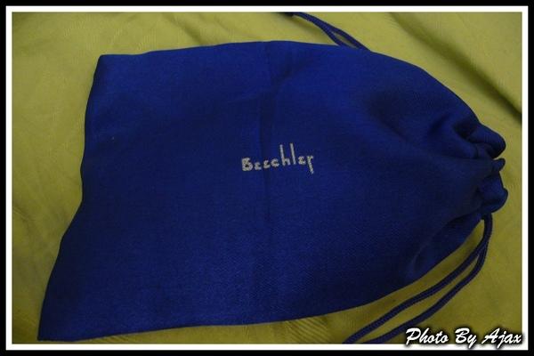 Beechler Custom_P1030761_R.jpg