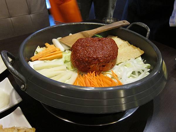 紅通通韓味鍋物