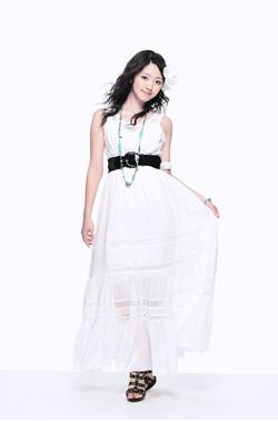 c-ute_13th_single_suzuki_02