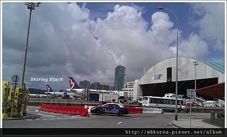 MFM airport 2011