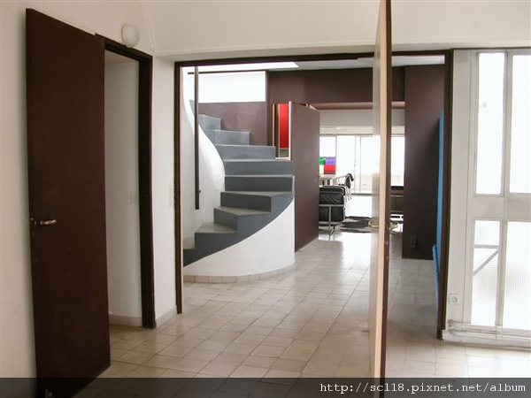 Le Corbusier apartment-81.JPG