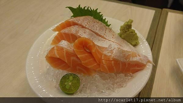 鮭魚肚刺身.jpg
