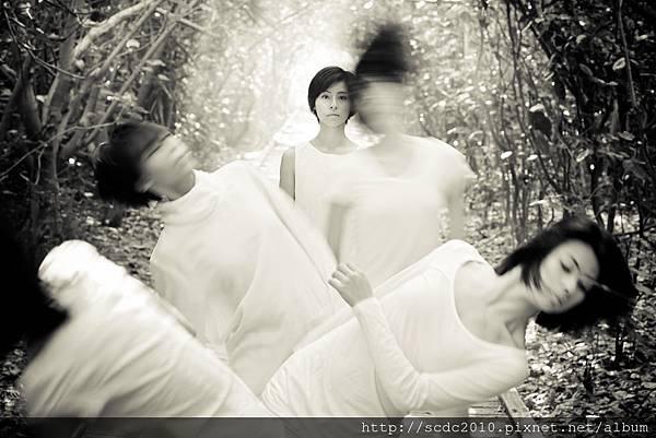 稻草人舞團《希勒微Silhouette‧2014獨白剪影》攝影_簡豪江01
