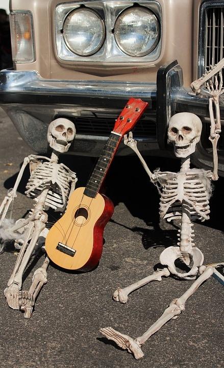 skeletons-1785024_960_720.jpg