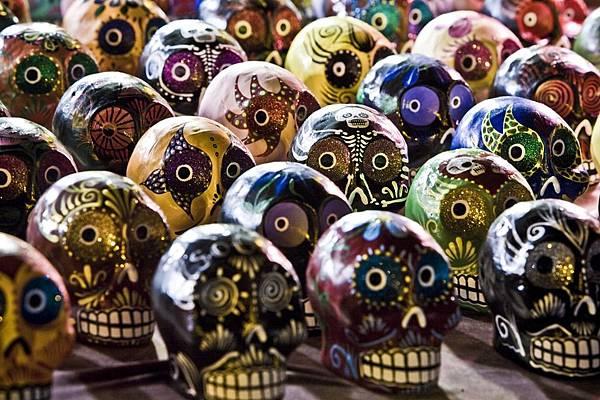 sugar-skulls-254715_960_720.jpg