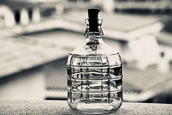 bottle-3369054_960_720.jpg