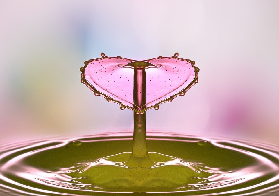 drop-of-water-2195585_960_720.jpg