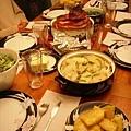 上菜後,滿滿的一桌唷