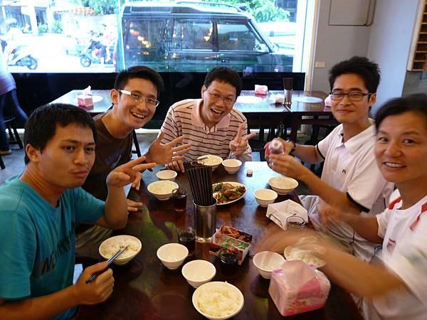 20110616支援團體聚餐