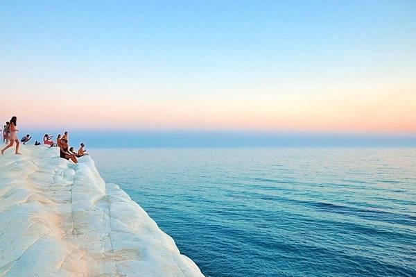 summer-ocean-horizon.jpg