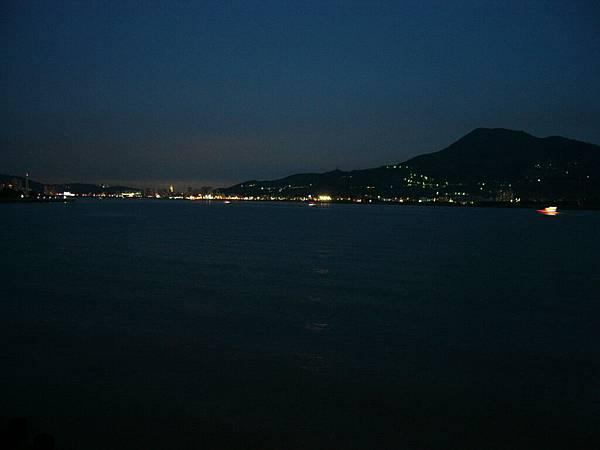 遠眺台北市的夜景