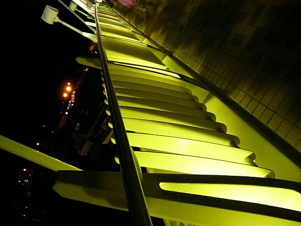 情人橋的護欄