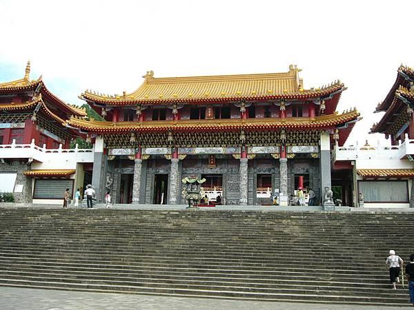 日月潭邊的文武廟