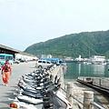 綠島的碼頭和海巡人員
