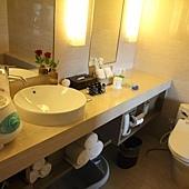 045 浴室&小J奶瓶消毒鍋.JPG
