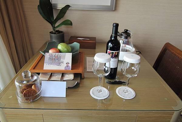 048 飯店招待.JPG