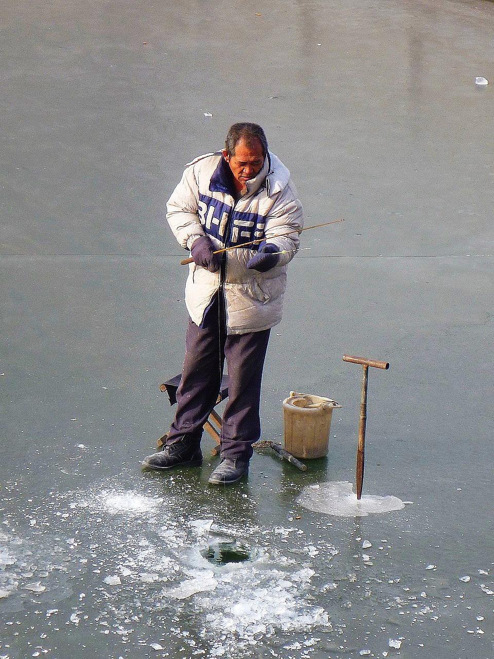 釣魚的阿伯