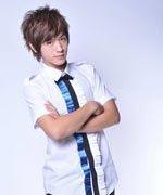 小樂很愛擺pose喔