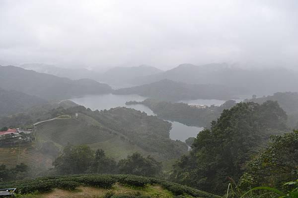 雨中的石碇-千島湖.jpg