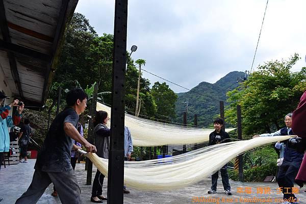 手工麵線體驗4-8-2012 (5)