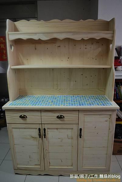 麵線的鄉村木工DIY-第一個正式作品[餐櫃]
