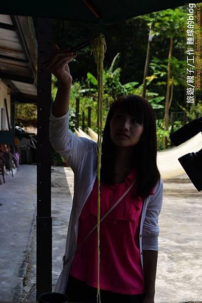 公視-拍攝手工麵線2012-07-16 (11)