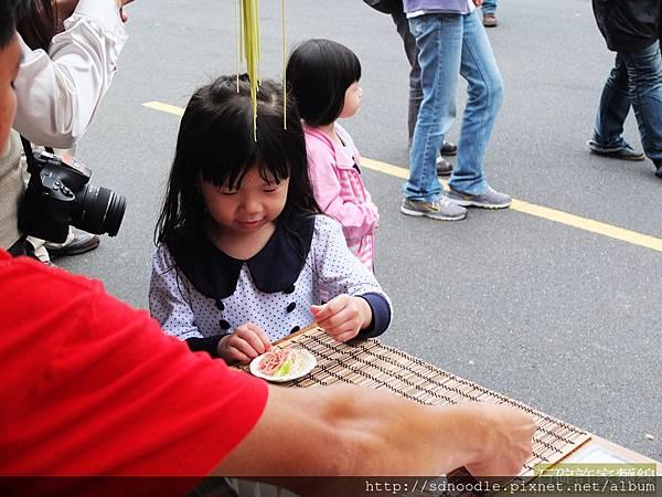 石碇華梵大學校慶-手工麵線展售圖片記錄DSCF1276
