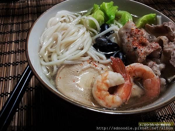 黑豆肉片-手工烏龍麵 /手工麵線料理