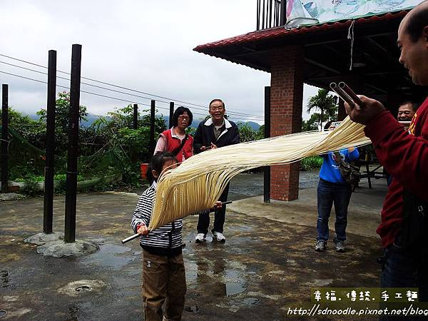 體驗diy-傳統麵線20130330_115057