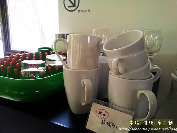 WOW咖啡 新北市深坑美食20130326_120755