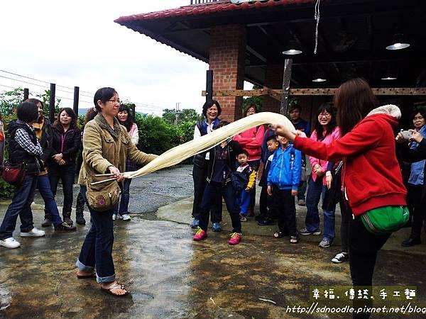 傳統手工麵線,參觀體驗diy20130427_104244