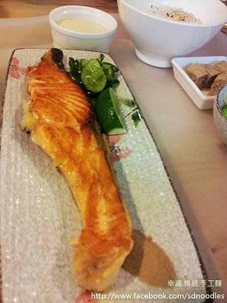狗瘋餐廳-宜蘭美食,平價家庭料理