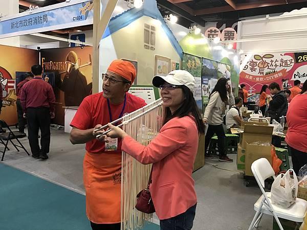 世貿旅展之許家麵線體驗IMG_6610
