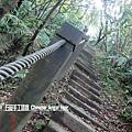 石碇皇帝殿-往東峰 (12).JPG