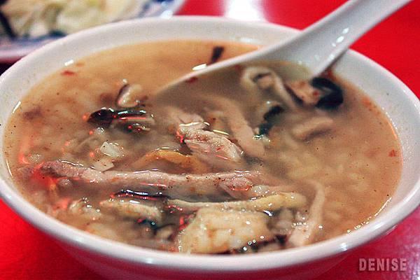 IMG_8566.jpg吃紅糟魷魚配香菇肉粥
