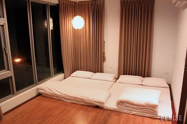 IMG_8602.jpg  原本老大的臥房也改為4人房了....不過這間住8人都沒問題