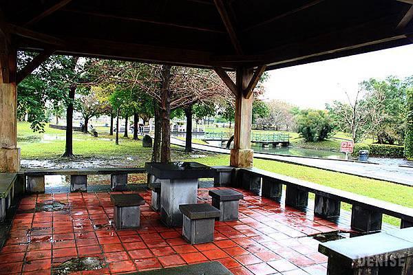 IMG_8854.jpg  公園內還有2處涼亭可休憩泡茶