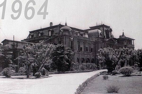 800px-Taipei_guest_house_in_1964years.jpg