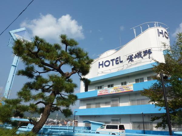 民宿往嵐山渡月橋的路上   嵯峨野旅館