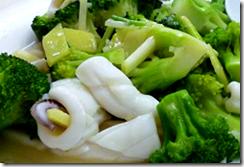 花椰菜炒花枝片