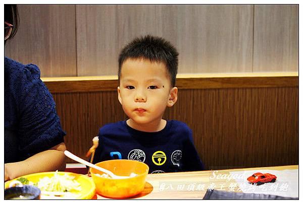 八田頂級帝王蟹燒烤吃到飽