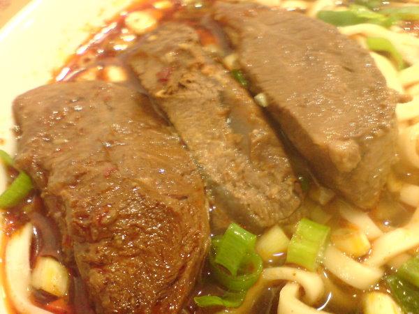 095 小羅牛肉麵(肉).JPG