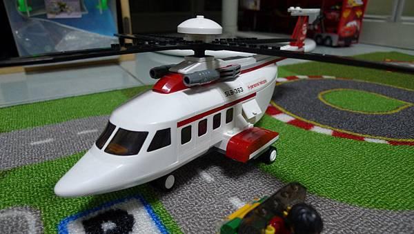 小魯班積木 航空天地 M38-B0363 私人直升機【RMB $ 25】